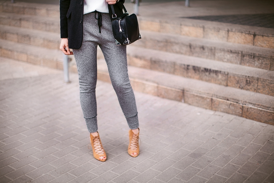 drop_crotch_personal_style_fashion_blog_Ukraine_zara_outfit_lace_up_peep_toe_boots_blazer_cool_elegant_outfit6