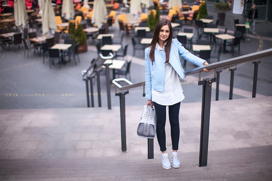 fashion_personal_style_blog_pastel_leather_jacket_white_shirt_black_skinny_jeans_street_style_blogger_outfit_look_zara_7
