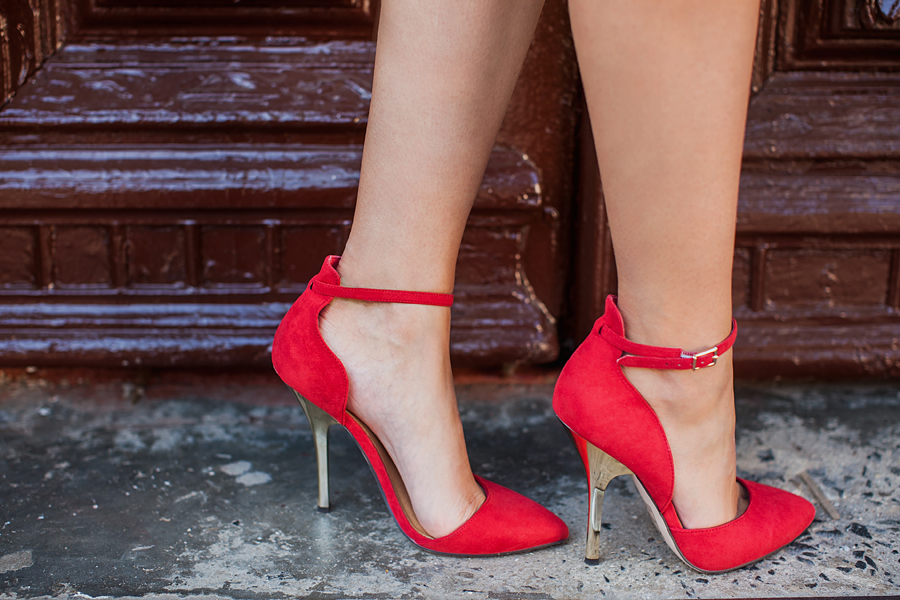 how-to-style-red-heels