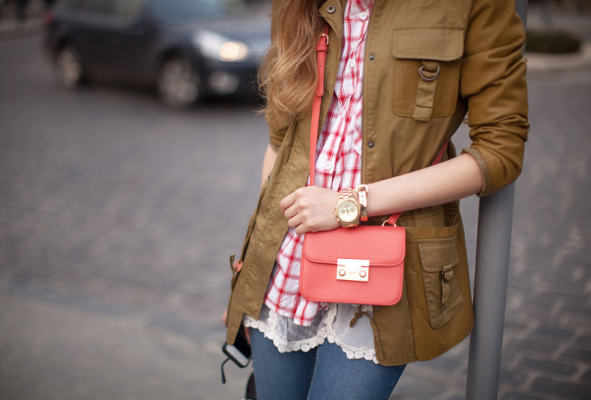 small-orange-bag-asos-outfit-street-style