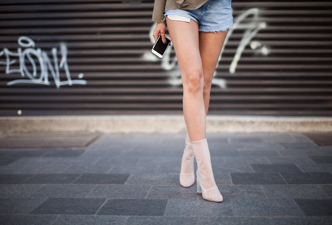 fit-legs-fashion-blogger-outfit-mesh-boots