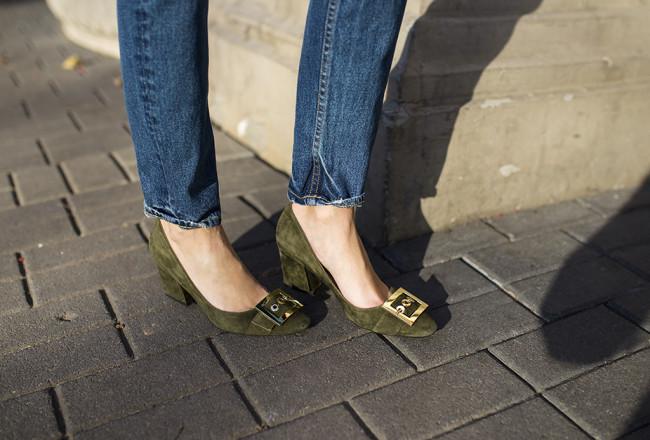 green-suede-pumps-mid-heel