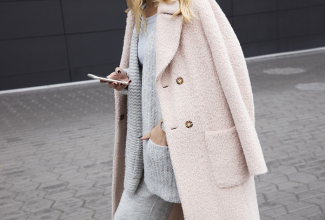 pastel-pink-coat-outfit-grey